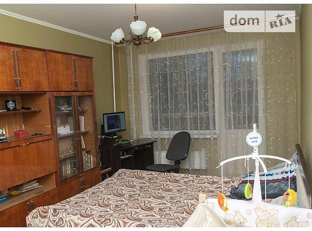 трехкомнатная квартира в Черкассах, район к-т Мир, на Черновола 71, в аренду на долгий срок помесячно фото 1