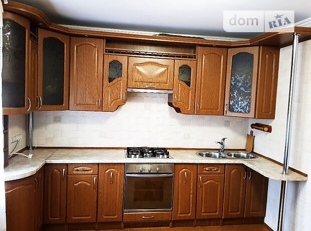 двухкомнатная квартира с мебелью в Черкассах, район Казбет, на ул. Гоголя 137 в аренду на долгий срок помесячно фото 1