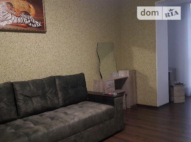 однокомнатная квартира с мебелью в Черкассах, район Мытница-центр, на ул. Гагарина в аренду на долгий срок помесячно фото 1