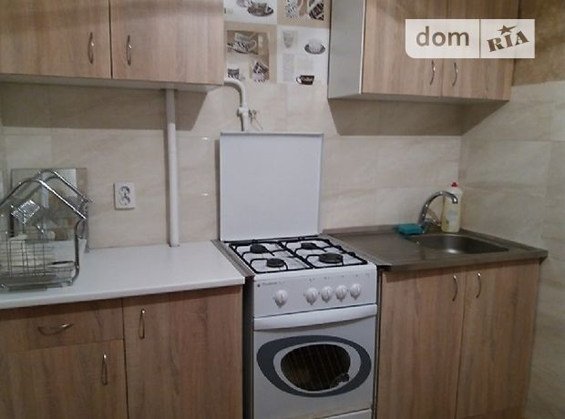 однокомнатная квартира в Черкассах, район ЮЗР, на ул. Гайдара 5 в аренду на долгий срок помесячно фото 1