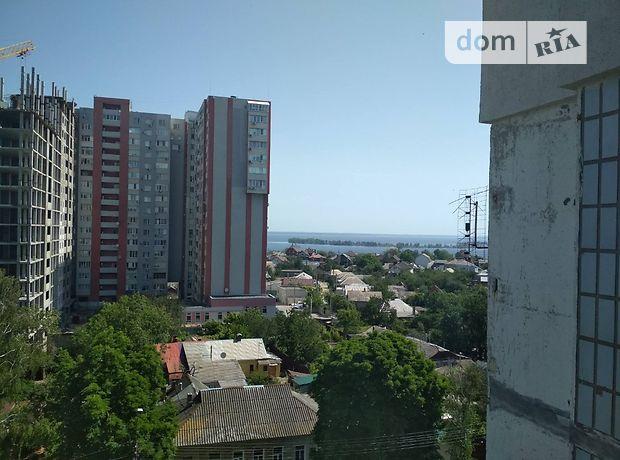 трехкомнатная квартира без мебели в Черкассах, в аренду на долгий срок помесячно фото 1