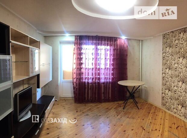 однокомнатная квартира с мебелью в Чернигове, район Центр, на ул. Коцюбинского 79, в аренду на долгий срок помесячно фото 1