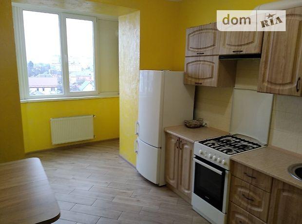 трехкомнатная квартира с мебелью в Хмельницком, район Дубово, в аренду на долгий срок помесячно фото 1