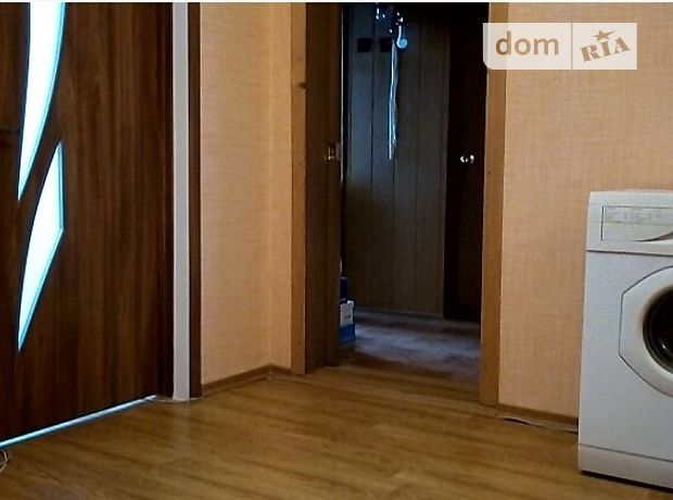 трехкомнатная квартира с мебелью в Хмельницком, район Озерная, на ул. Зализняка Максима 12, в аренду на долгий срок помесячно фото 1