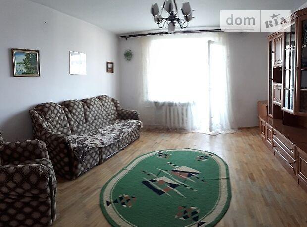 трехкомнатная квартира с мебелью в Хмельницком, район Юго-Западный, на ул. Тернопольская 26, в аренду на долгий срок помесячно фото 1