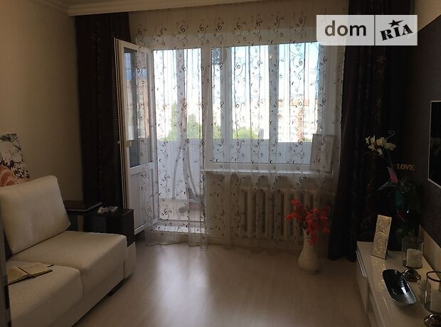 однокомнатная квартира с мебелью в Ивано-Франковске, район Строителей, в аренду на долгий срок помесячно фото 1