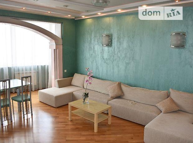 четырехкомнатная квартира с мебелью в Киеве, район Голосеевский, на ул. Антоновича 140, в аренду на долгий срок помесячно фото 1
