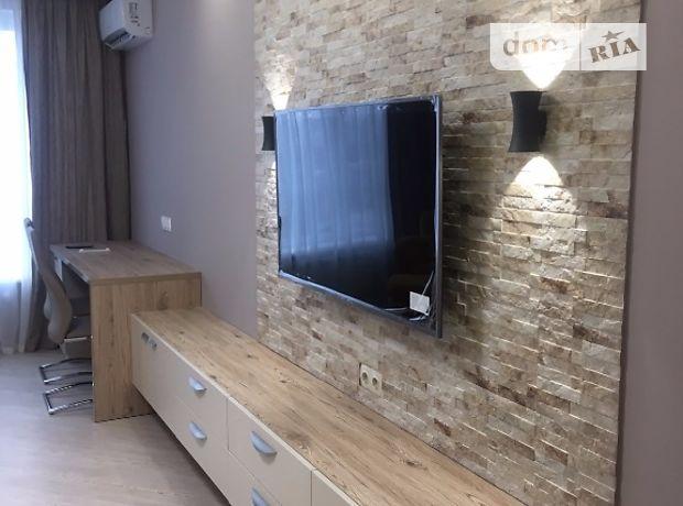 двухкомнатная квартира с мебелью в Киеве, район Голосеевский, на ул. Демеевская 13, в аренду на долгий срок помесячно фото 1