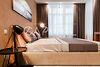 трехкомнатная квартира с мебелью в Киеве, район Печерский, на ул. Драгомирова 16б в аренду на долгий срок помесячно фото 3