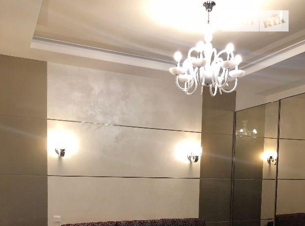 двухкомнатная квартира с мебелью в Киеве, район Печерский, на ул. Драгомирова 16, в аренду на долгий срок помесячно фото 1