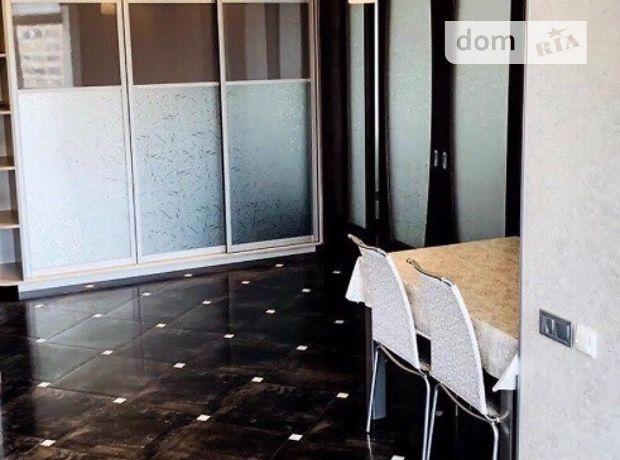 двухкомнатная квартира с мебелью в Киеве, район Печерский, на бул. Леси Украинки 7б, в аренду на долгий срок помесячно фото 1