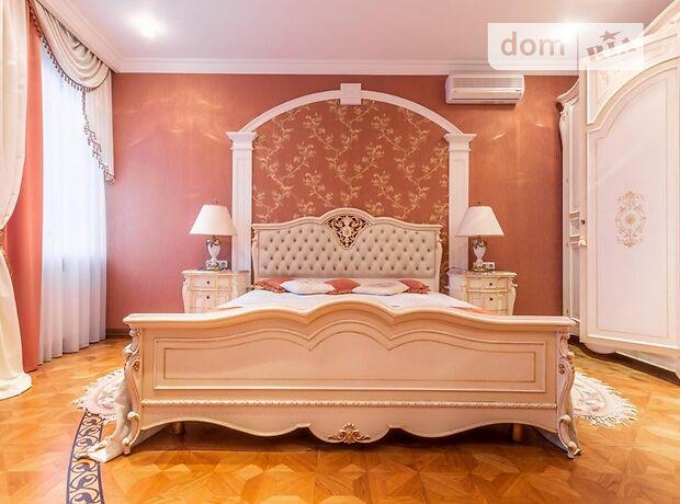 трехкомнатная квартира с мебелью в Киеве, район Печерский, на бул. Леси Украинки 23а, в аренду на долгий срок помесячно фото 1