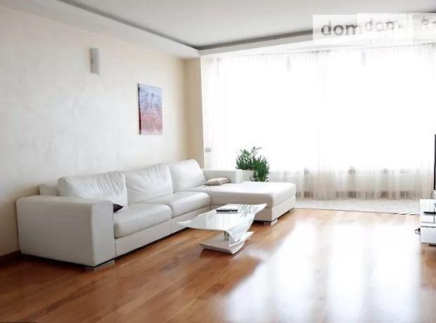 трехкомнатная квартира с мебелью в Киеве, район Печерский, на ул. Панаса Мирного 28а, в аренду на долгий срок помесячно фото 1