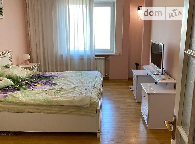 двухкомнатная квартира с мебелью в Киеве, район Соломенский, на ул. Федора Эрнста 8, кв. 213, в аренду на долгий срок помесячно фото 1