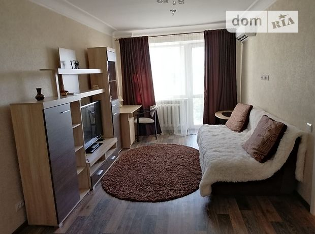 двухкомнатная квартира с мебелью в Кривом Роге, район Центрально-Городской, на ул. Лермонтова 4 в аренду на долгий срок помесячно фото 1