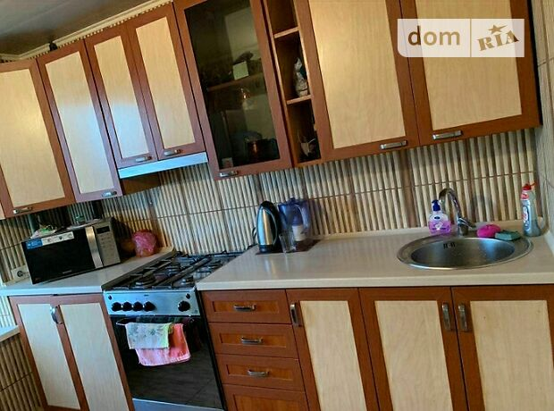 двухкомнатная квартира с мебелью в Кропивницком, район Новониколаевка, на ул. Добровольского в аренду на долгий срок помесячно фото 1