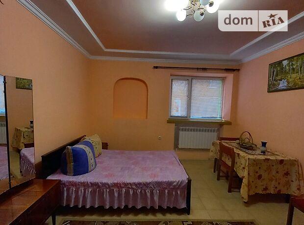 двухкомнатная квартира с мебелью в Луцке, район Центр, на ул. Чайковского в аренду на долгий срок помесячно фото 1