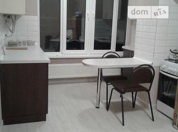 однокомнатная квартира с мебелью в Луцке, район Завокзальный, на просп. Победы 32б, в аренду на долгий срок помесячно фото 1