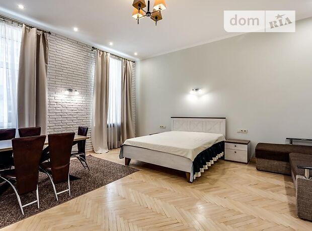 двухкомнатная квартира с мебелью в Львове, район Галицкий, на Франка Івана вулиця в аренду на долгий срок помесячно фото 1