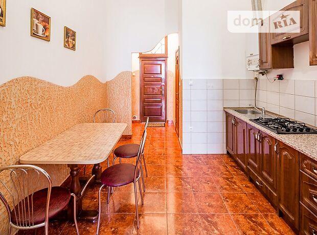двухкомнатная квартира с мебелью в Львове, район Галицкий, на Театральная улица в аренду на долгий срок помесячно фото 1