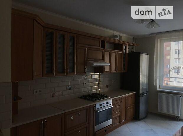 трехкомнатная квартира в Львове, район Сыховский, на Красной Калины проспект в аренду на долгий срок помесячно фото 1