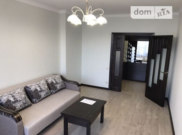 двухкомнатная квартира с мебелью в Львове, район Зализнычный, на ул. Железнодорожная в аренду на долгий срок помесячно фото 1