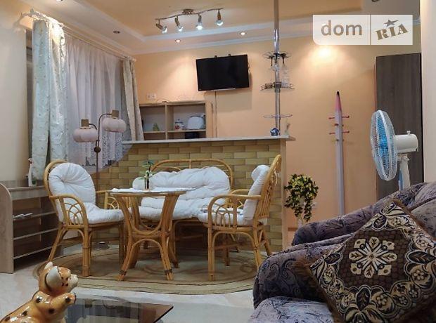 однокомнатная квартира с мебелью в Мукачеве, на Герцена 62, в аренду на долгий срок помесячно фото 1