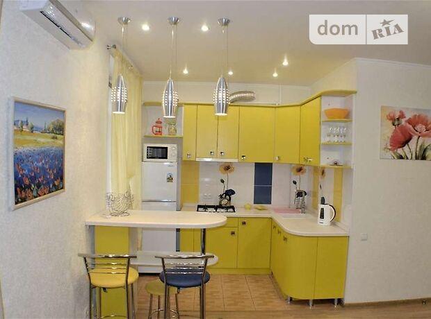 двухкомнатная квартира с мебелью в Николаеве, район Центр, на ул. Советская в аренду на долгий срок помесячно фото 1