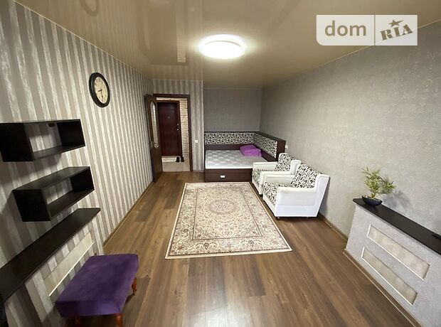 двокімнатна квартира в Миколаєві, район Центральний, на вул. Радянська 9 в довготривалу оренду помісячно фото 1