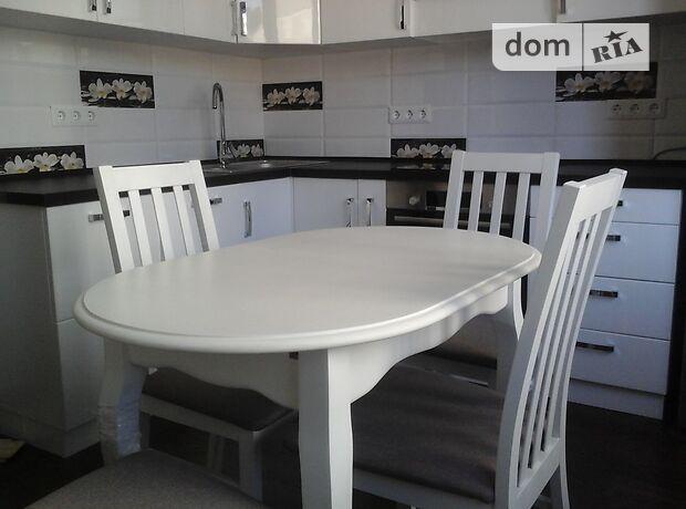 однокомнатная квартира с мебелью в Одессе, район Аркадия, на ул. Каманина 16а, в аренду на долгий срок помесячно фото 1