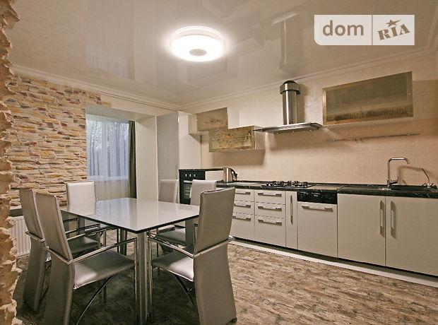 четырехкомнатная квартира в Одессе, район Малиновский, на ул. Генерала Петрова в аренду на долгий срок помесячно фото 1