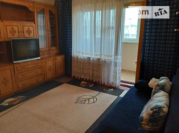 трехкомнатная квартира с мебелью в Одессе, район Поселок Котовского, на дор. Днепропетровская 127, в аренду на долгий срок помесячно фото 1
