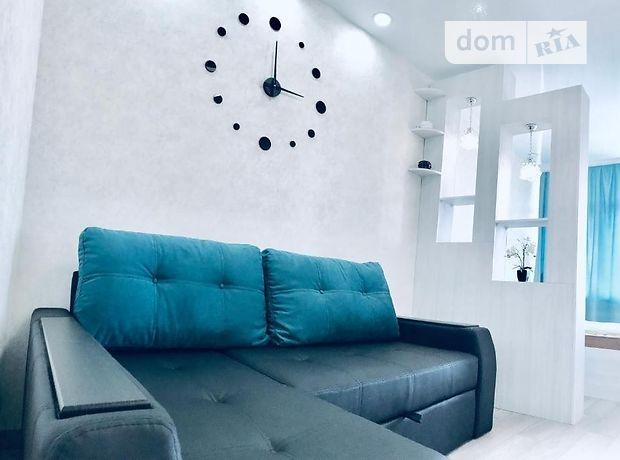 однокомнатная квартира с мебелью в Одессе, район Приморский, на ул. Каманина 16а/3, в аренду на долгий срок помесячно фото 1