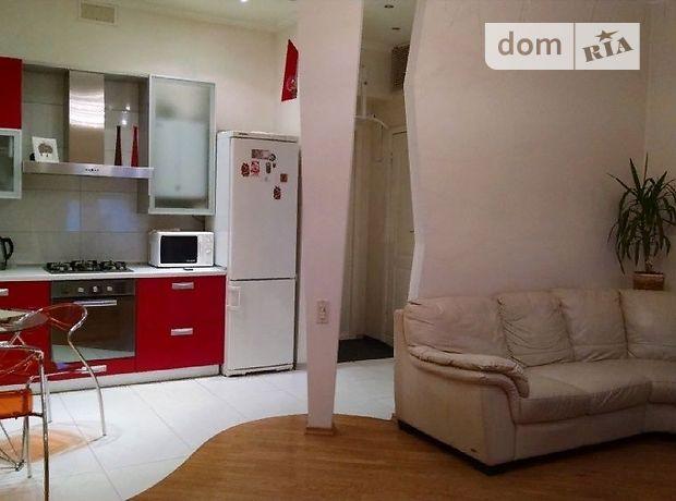 трехкомнатная квартира в Одессе, район Приморский, на ул. Канатная в аренду на долгий срок помесячно фото 1