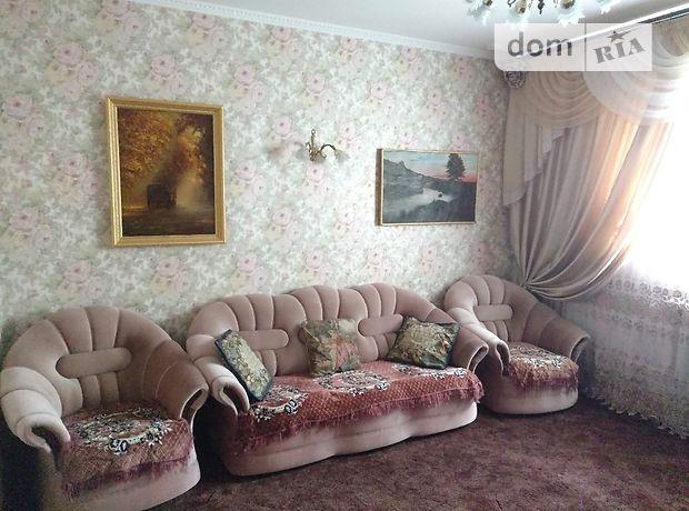 трехкомнатная квартира с мебелью в Одессе, район Приморский, на пер. Удельный 7, в аренду на долгий срок помесячно фото 1