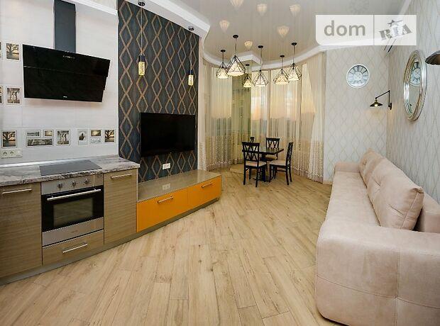 двухкомнатная квартира с мебелью в Одессе, район Приморский, на Жуковского 9 в аренду на долгий срок помесячно фото 1