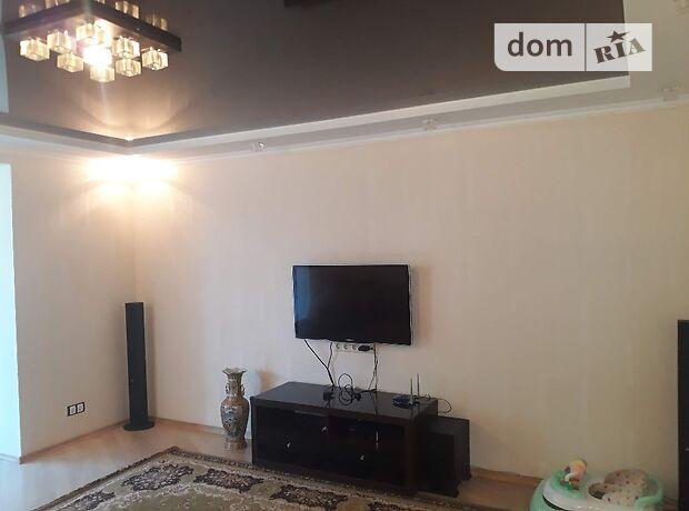 трехкомнатная квартира с мебелью в Одессе, район Слободка, на ул. Сергея Ядова 16а, в аренду на долгий срок помесячно фото 1