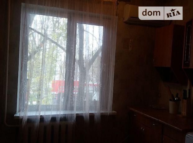 однокомнатная квартира с мебелью в Одессе, район Таирова, на ул. Ильфа и Петрова в аренду на долгий срок помесячно фото 1
