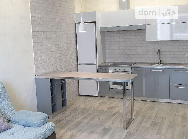 двухкомнатная квартира с мебелью в Одессе, район Центр, на бул. Итальянский 1А, в аренду на долгий срок помесячно фото 1