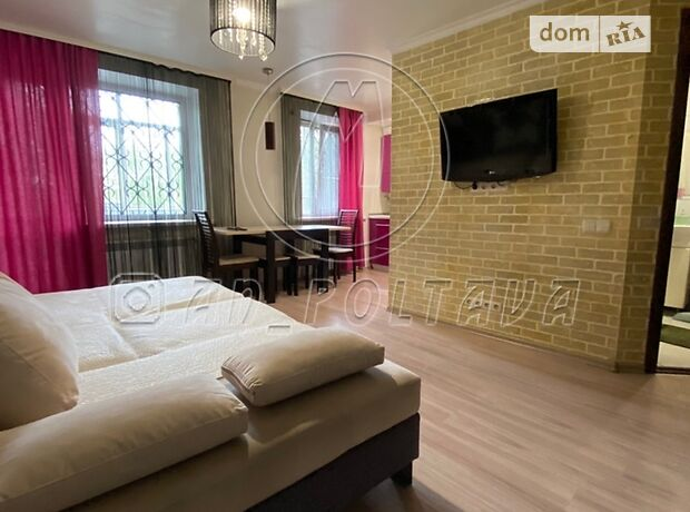 трикімнатна квартира з меблями в Полтаві, район Фурманова, на вул. Фрунзе 92 в довготривалу оренду помісячно фото 1