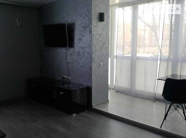 двокімнатна квартира з меблями в Полтаві, район Подол, на вул. Леніна 87 в довготривалу оренду помісячно фото 1