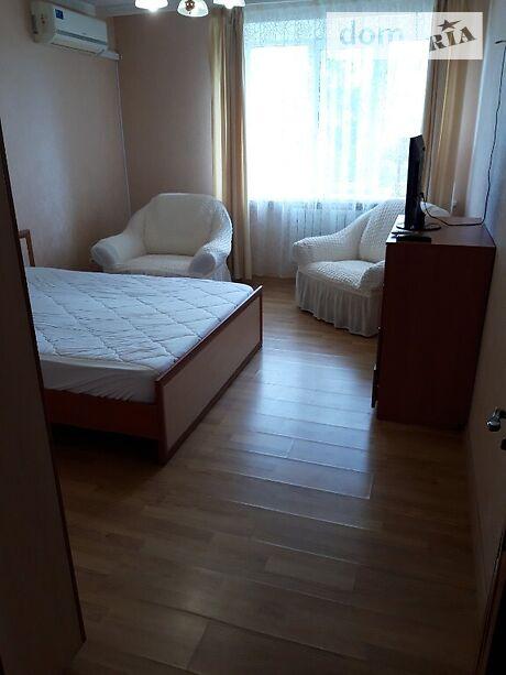 двокімнатна квартира з меблями в Полтаві, район пл. Зигіна, на вул. Жовтнева в довготривалу оренду помісячно фото 1