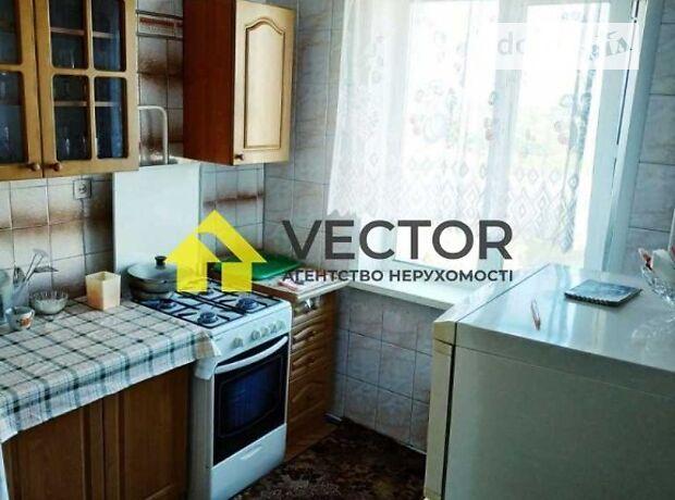 двокімнатна квартира з меблями в Полтаві, район Сади 3 (Огнівка), на Боровиковського бульвар в довготривалу оренду помісячно фото 1