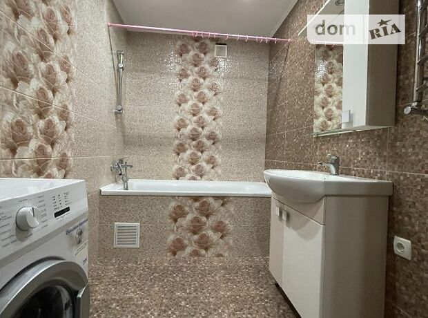двухкомнатная квартира с мебелью в Полтаве, район Сады 3 (Огнивка), на бул. Боровиковского 4 в аренду на долгий срок помесячно фото 1