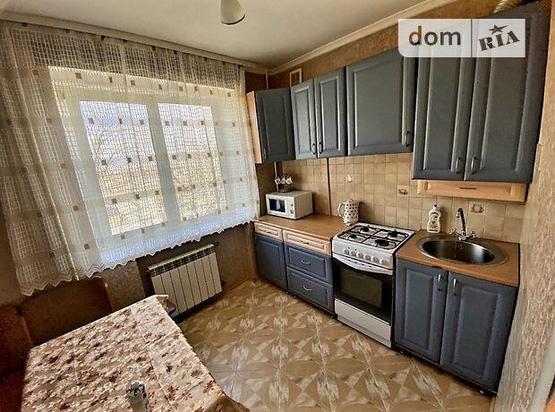 двухкомнатная квартира с мебелью в Ровно, район Пивзавод, на ул. Петра Могилы в аренду на долгий срок помесячно фото 1