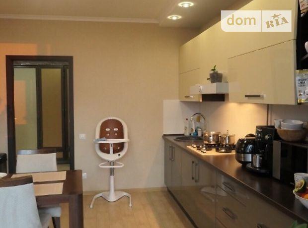однокомнатная квартира с мебелью в Ровно, район Центр, на Чорновола 60, в аренду на долгий срок помесячно фото 1