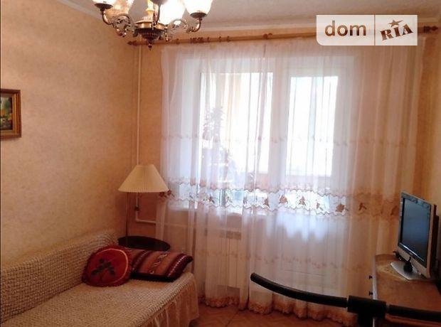 трехкомнатная квартира с мебелью в Сумах, район Центр, на ул. Петропавловская в аренду на долгий срок помесячно фото 1