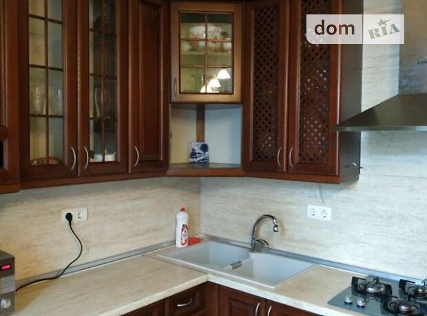 трехкомнатная квартира с мебелью в Сумах, район Заречный, на ул. Герасима Кондратьева в аренду на долгий срок помесячно фото 1
