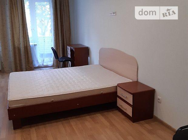 трехкомнатная квартира в Тернополе, район Бам, на просп. Злуки 4а, в аренду на долгий срок помесячно фото 1