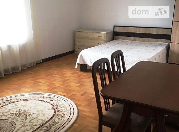 трехкомнатная квартира в Тернополе, район Дружба, на ул. Львовская в аренду на долгий срок помесячно фото 1